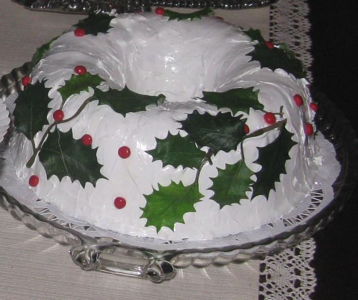 Apple Pecan Cake Holly